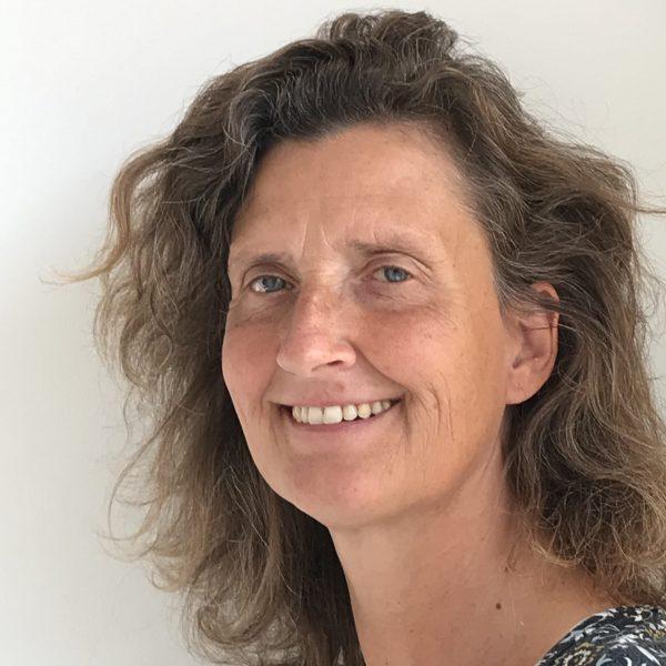 Anita van Veelen